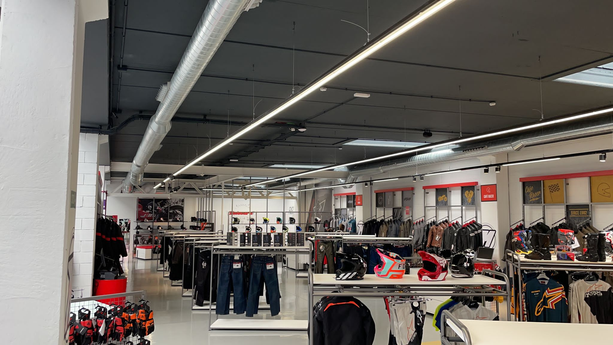Motocard Badalona tienda 4